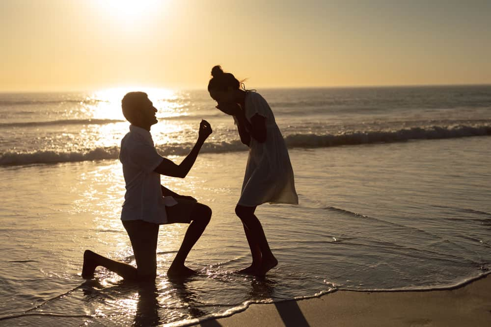 הצעת נישואין בים